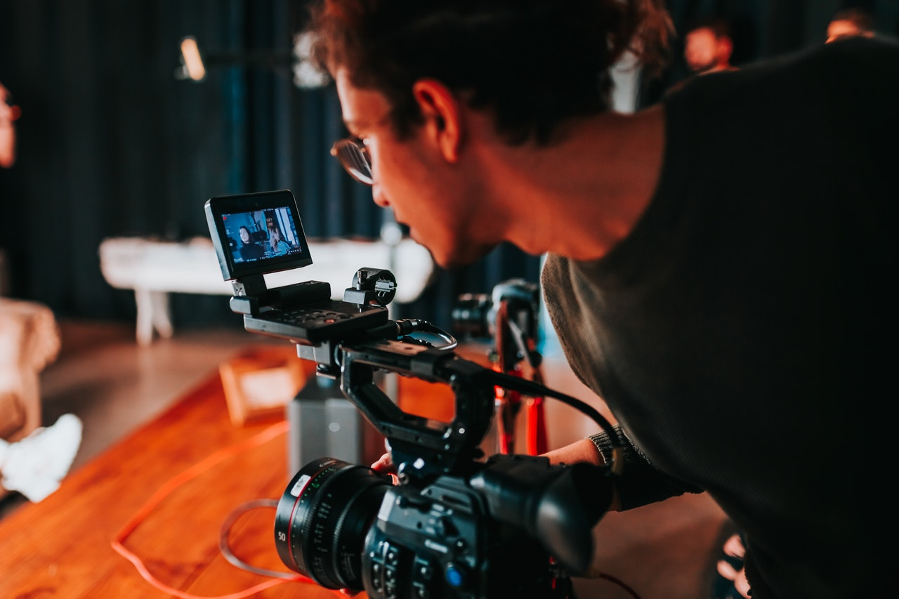 Filming video advertisements takes experience, skill, and deep industry knowledge.